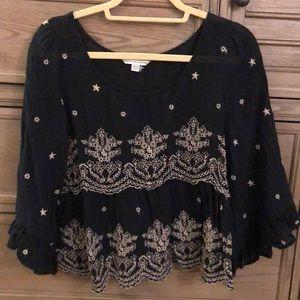 Boho embroidered blouse!
